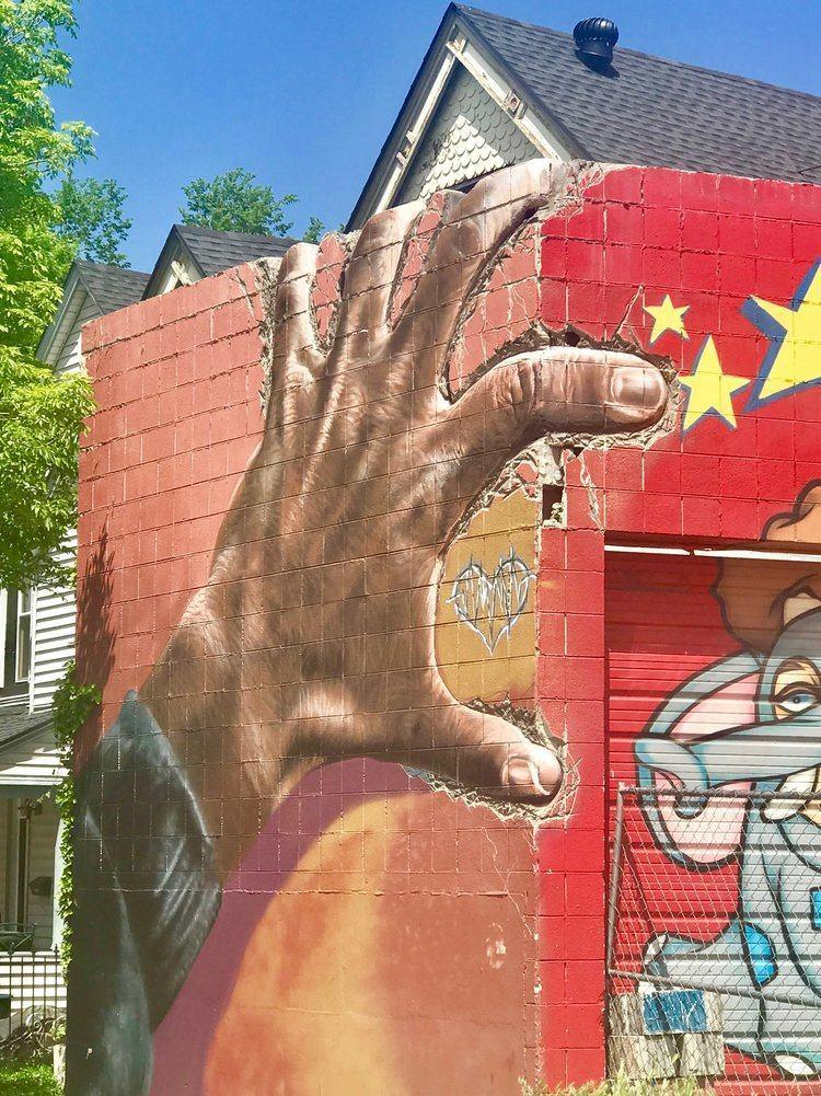 Love photography? The Denver street art scene has exploded with murals and graffiti everywhere you turn. Here are the best ones to blow up the 'Gram and enjoy the art in colorful Colorado. #streetart #denver #colorado #usa #graffiti #art #travel #weekendgetaway