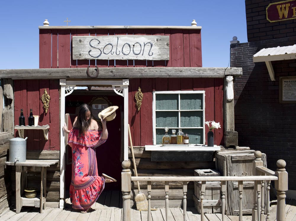 Saloon The Down Lo The Down Lo